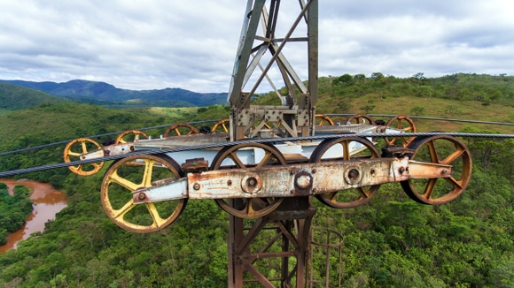 ISQ Brasil utiliza drones para inspeção de torres de teleféricos