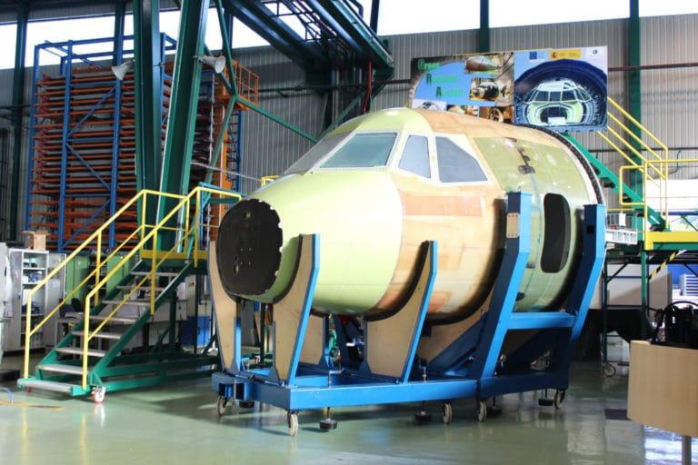 Aviões mais resistentes às descargas atmosféricas