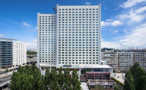 leonardo 1125110 Corinthia Hotel Lisbon Facade S image